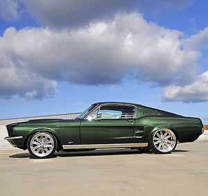 1967 Ford Mustang GT Fastback Dark Moss Green #12611113