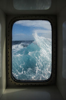 antarctica/antarctica drake passage window view waves