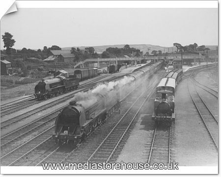 photographic print of a busy scene at seaton junction 1530271. Black Bedroom Furniture Sets. Home Design Ideas