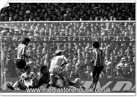 poster print of fa cup semi final coventry city v leeds. Black Bedroom Furniture Sets. Home Design Ideas